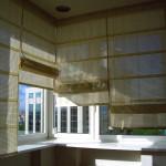 Римские шторы для окон на балкон из ПВХ на заказ Москва